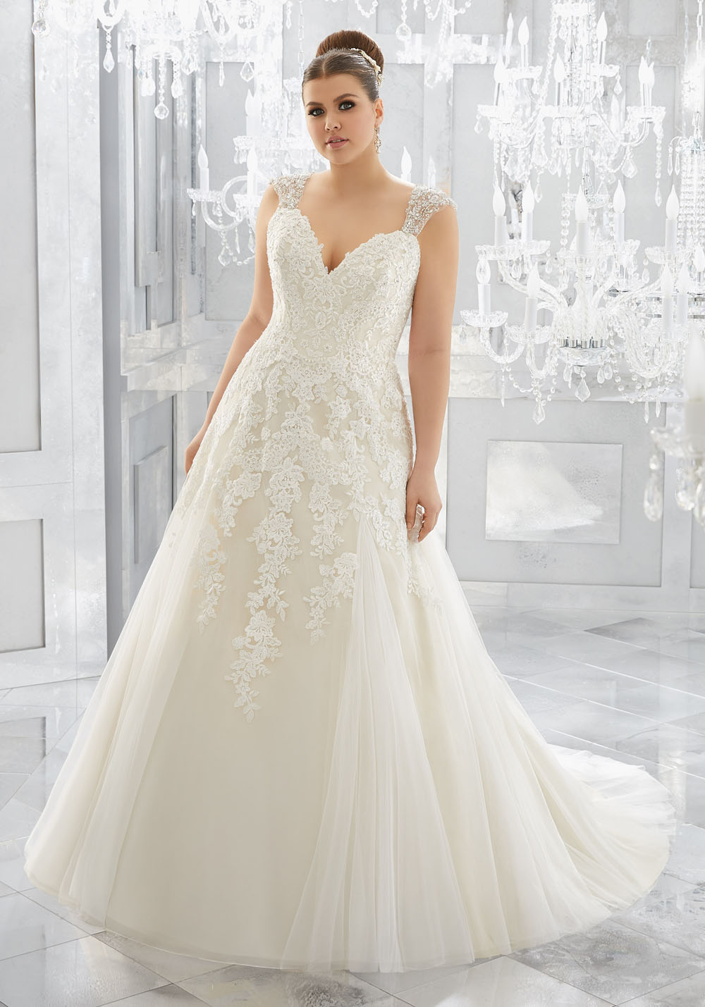 8 Wedding Dresses For Beautiful Curvy Brides Shop For